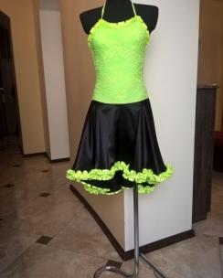 Плаття Латина чорно-салатова