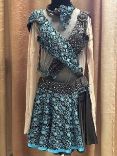 плаття коричново-синє